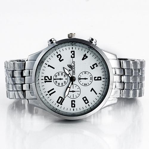 32cfff26d69 Relógio de Metal fundo preto e fundo branco marca Orlando - Tudo para  Beleza.com