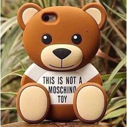Case Urso Toy 3D Estilo Moschino