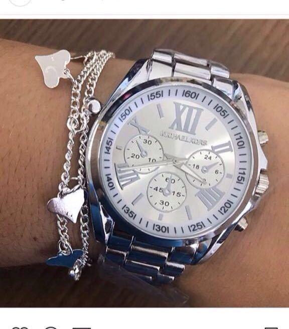82d85fe552e Relógio Michael Kors Números romanos Prata - Vip Times