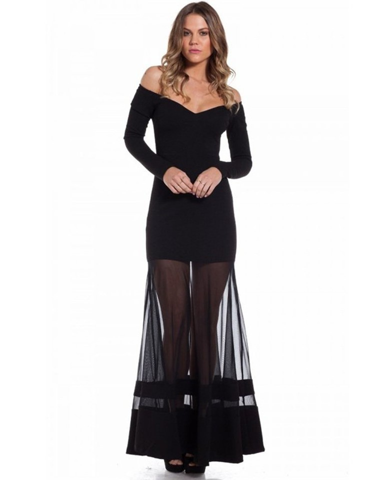 Vestido de tule preto longo