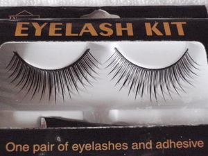 Cilios Postiços Eyelash Kit - Um Par com  Adesivo, Diva Eyelash - Diamond