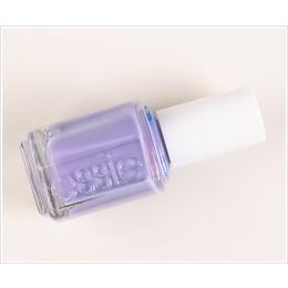 Essie Esmalte Nail Color Polish (Plums), She's Picture Perfect,  910., 13.5ml.