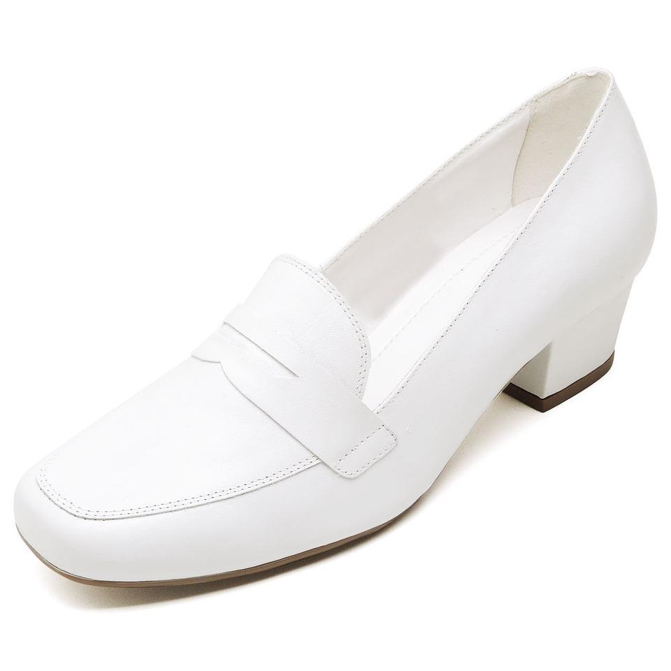 118dce367e Sapato Social Feminino Branco em couro salto baixo grosso - GiselaCosta