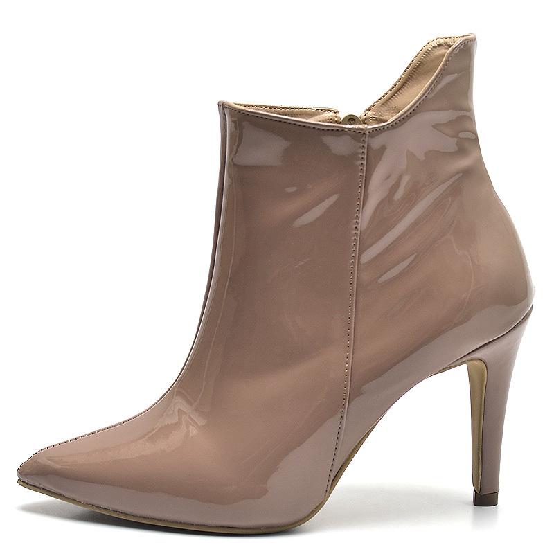 76d2718b5967c Ankle Boot Bota Cano Curto Nude Salto Agulha Verniz - GiselaCosta