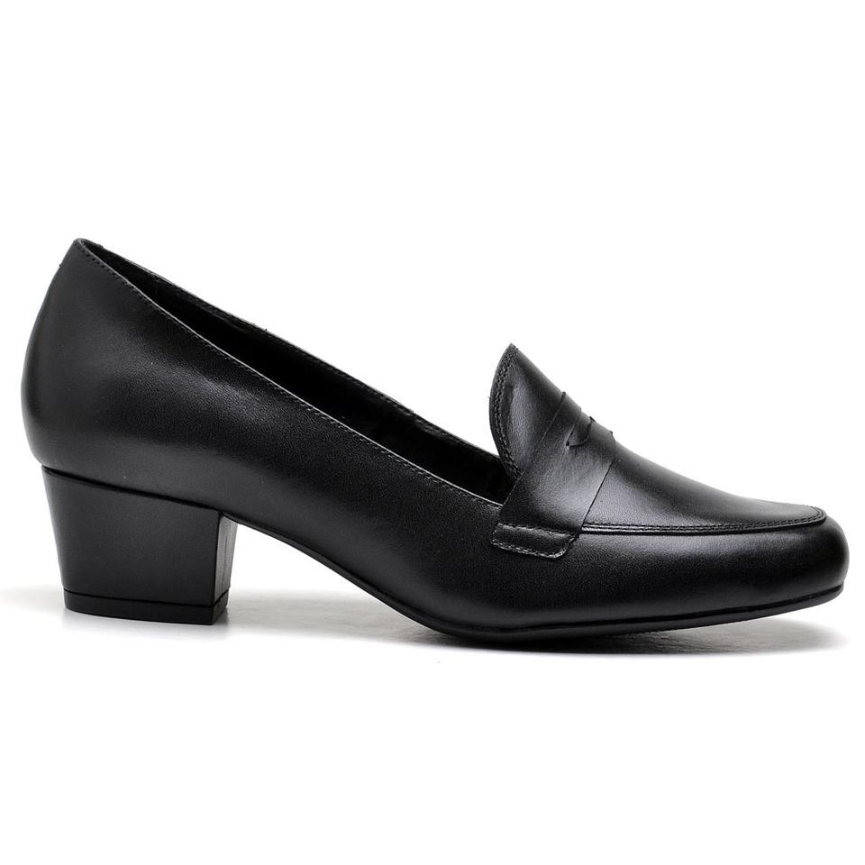 f1a17a2900 Sapato Social Feminino Preto em couro salto baixo grosso - GiselaCosta