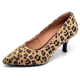 2cae801eda Sapato Feminino Scarpin Onça Salto Baixo Fino