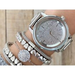 888ddc47d48 Relógio Michael Kors prata com fundo cravejado.
