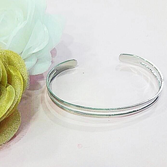 Bracelete folheado em ródio