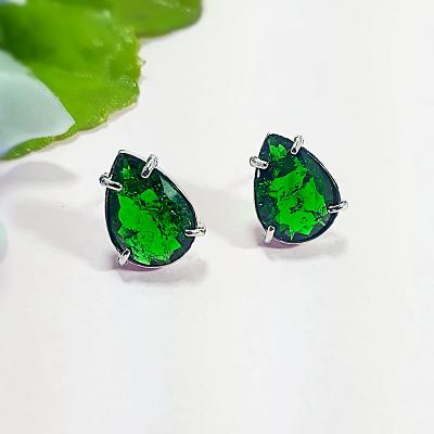 Brinco Pedra Fusion Verde Esmeralda Semijóia Banhada em Ouro Branco