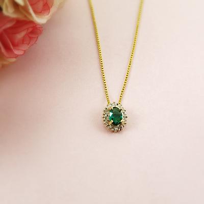 Colar pedra verde esmeralda folheado em ouro 18k