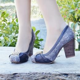 Sapato com Renda Cafe