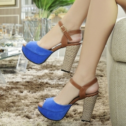 Sandalia Meia Pata em Nobuck Azul