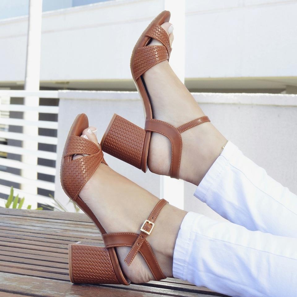 Sandalia Salto Grosso Caramelo