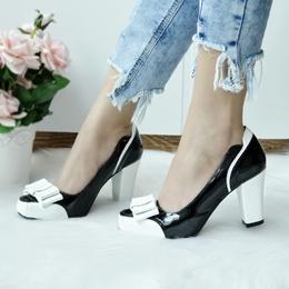 Sapato Laço Preto Branco (SEM TROCA)