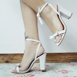 Sandália Laço Branca