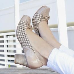 Sapato Salto Medio Quadriculado Nude