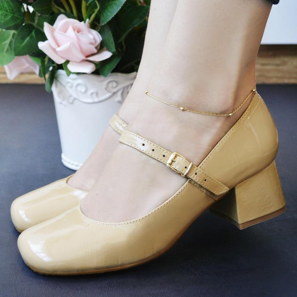 Sapato Retro em Couro Berenice Nude