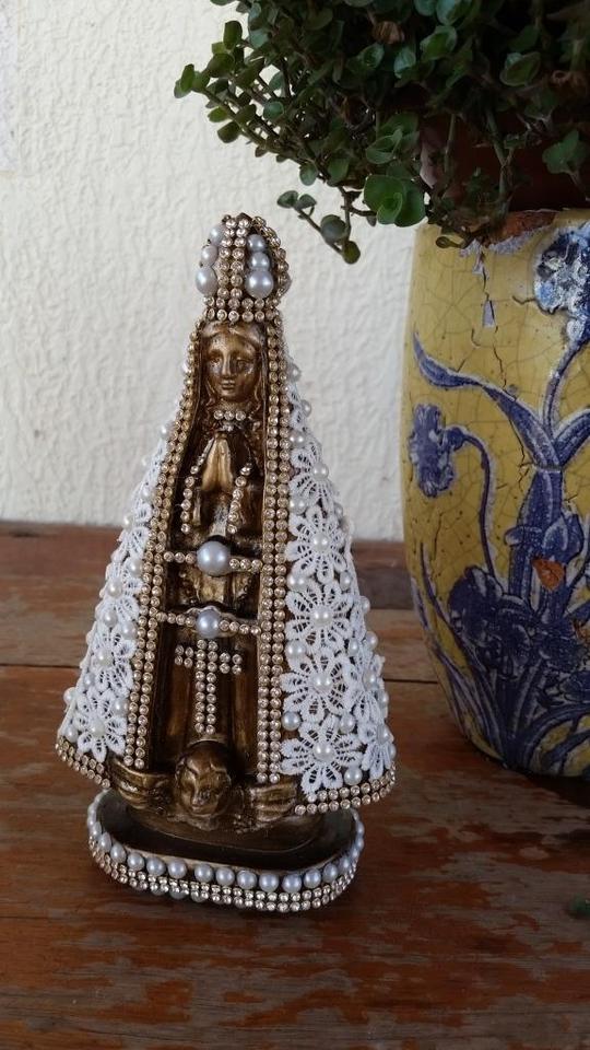 Nossa Senhora Aparecida Barroca com manto em Guipir 20cm