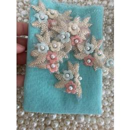 Kit Flores Bordadas e Linho Verde