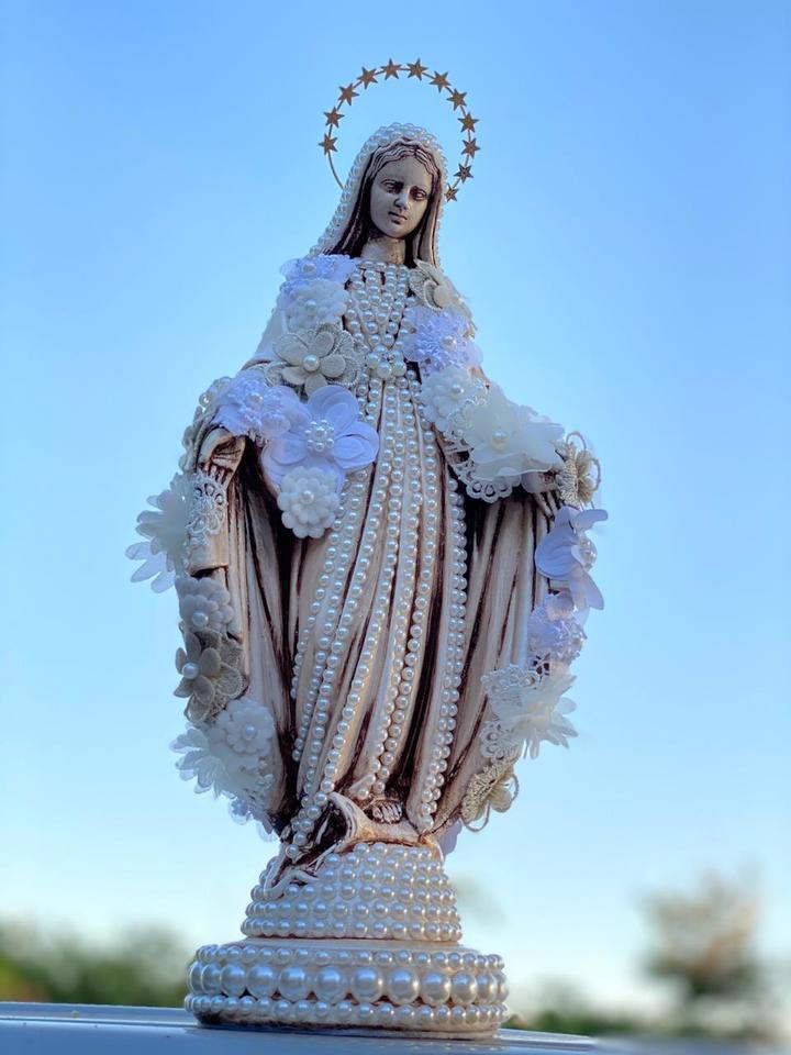 Nossa Senhora das Graças Flores