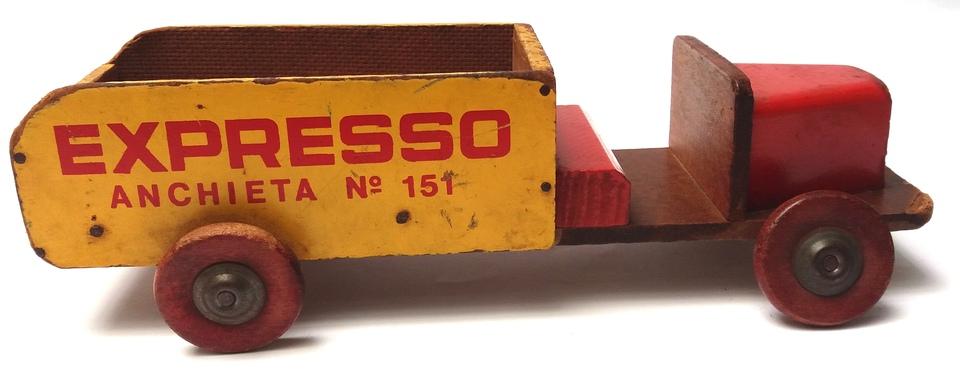 4a0749c6e674a Caminhão de Madeira EXPRESSO Anchieta n°151 Manufatura de Brinquedos  CASTELO Ano 1953 ...