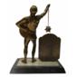 Troféu Baluartes da Vida Social Promoção do JORNAL O GLADIADOR Oferecido a Cantora CLAUDIA TELES  Melhor Cantora de 1977
