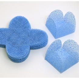 50 Un. Forminhas para Doces 4 Pétalas Caixeta Quadrada Tela Azul Bebê