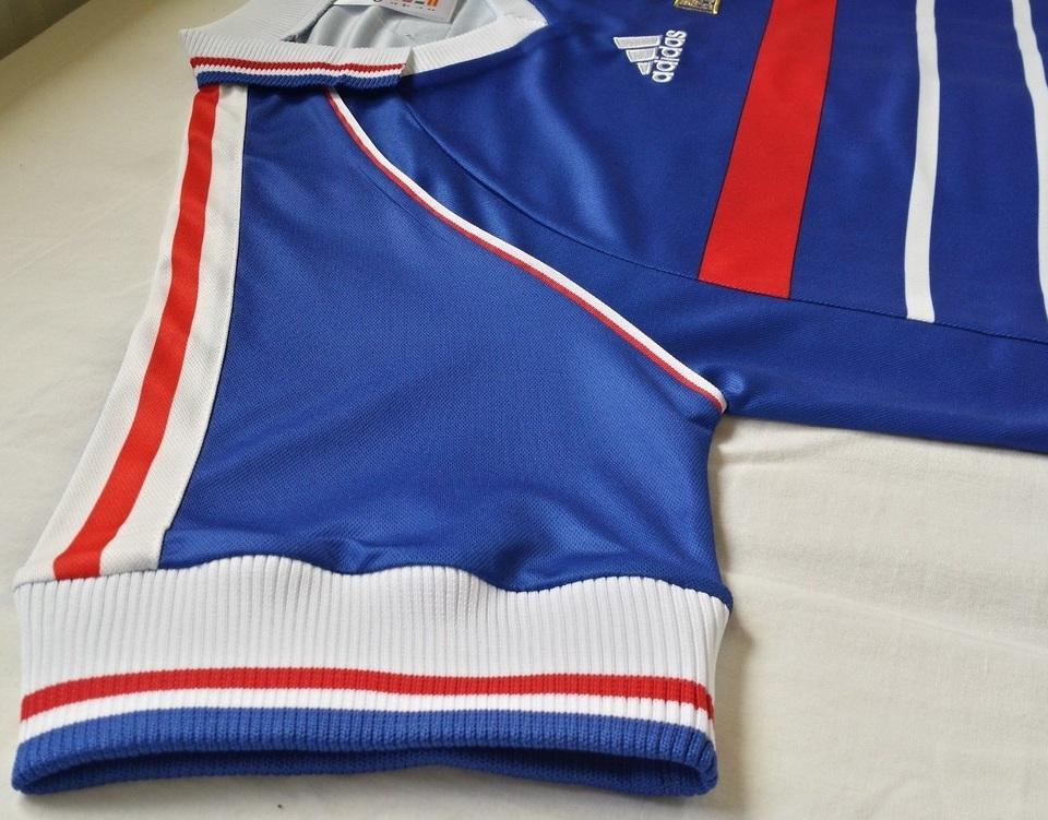 6bb5a2a466 ... Camisa Retrô da Seleção da França 1998 - Home - Final Copa do Mundo -  Frete