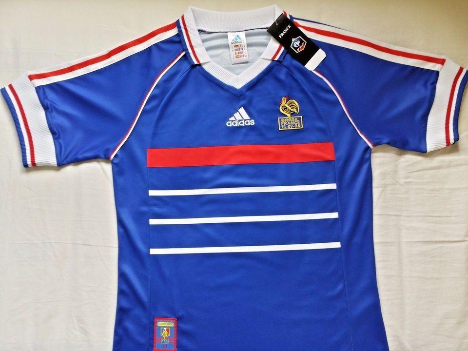 930a75a667 Camisa Retrô da Seleção da França 1998 - Home - Final Copa do Mundo - Frete  Camisa Retrô da Seleção da França 1998 - Home - Final Copa do Mundo - Frete