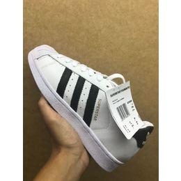 c963060f873bf Tenis Adidas Superstar Branco com Preto - Mozarts Fitch Outlet