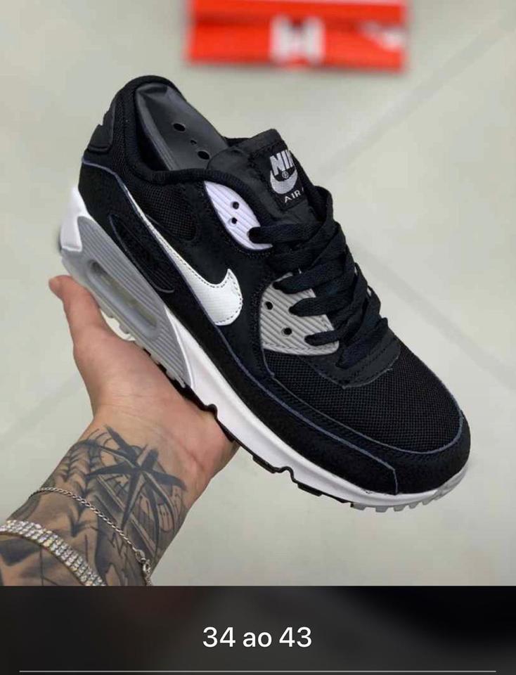 Nike Air Max 90 Preto e Branco MascFem