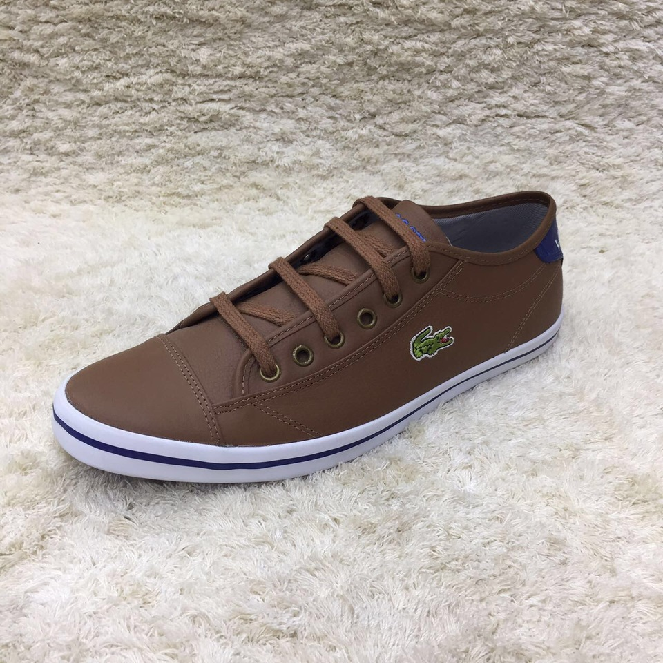 Sapatenis Lacoste Couro - Mozarts Fitch Outlet 7e97b1b45b