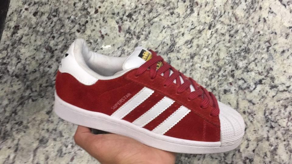 Tenis Adidas Superstar Vermelho Camurça - Mozarts Fitch Outlet c4c471f46dd9a