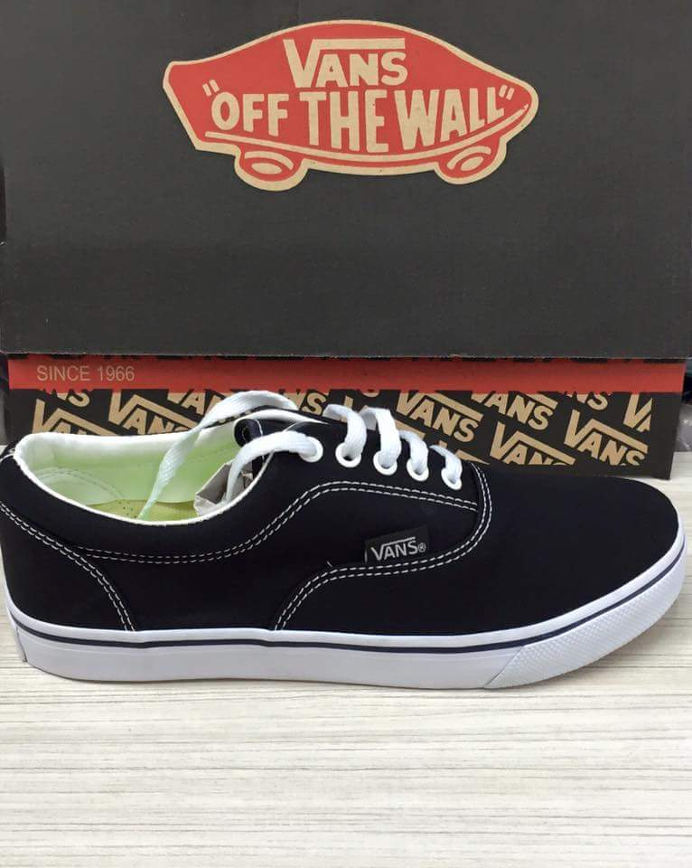 f754813c115 Vans Feminino - Mozarts Fitch Outlet