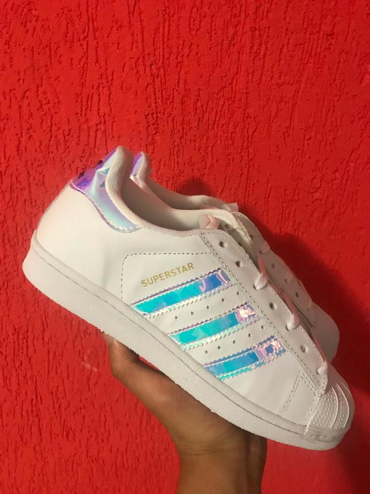 39ba71f34 Adidas Superstar Holográfico New - Mozarts Fitch Outlet