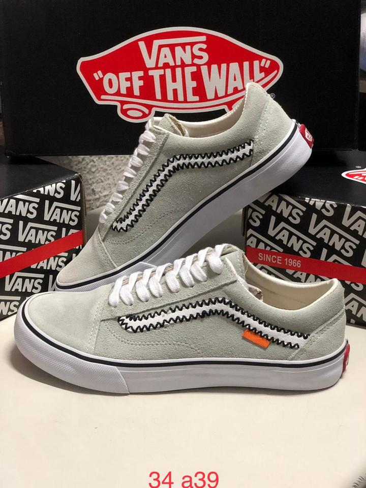 01317b45cb2 Vans Old Skool Off White Feminino - Mozarts Fitch Outlet