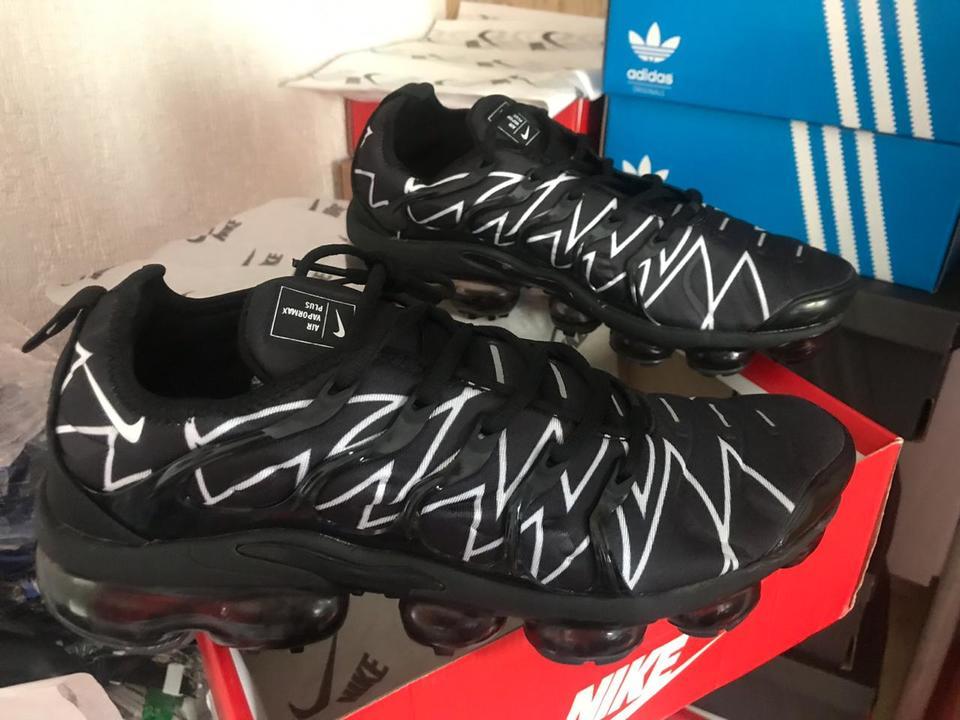 new concept 930b3 2668d Nike Vapormax Plus Preto Detalhes