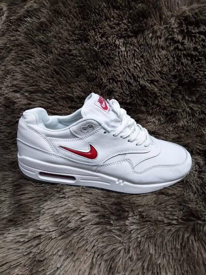 3af05891993 Nike Air Max Branco e Vermelho Importado Masculino - Mozarts Fitch ...