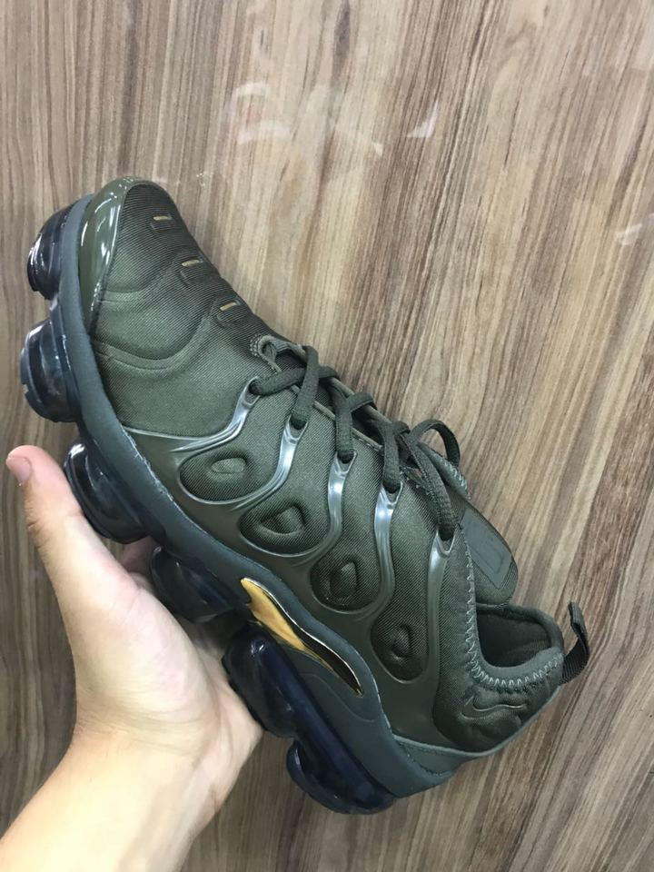 276311cf08 Nike Air Vapormax Plus Masculino - Mozarts Fitch Outlet