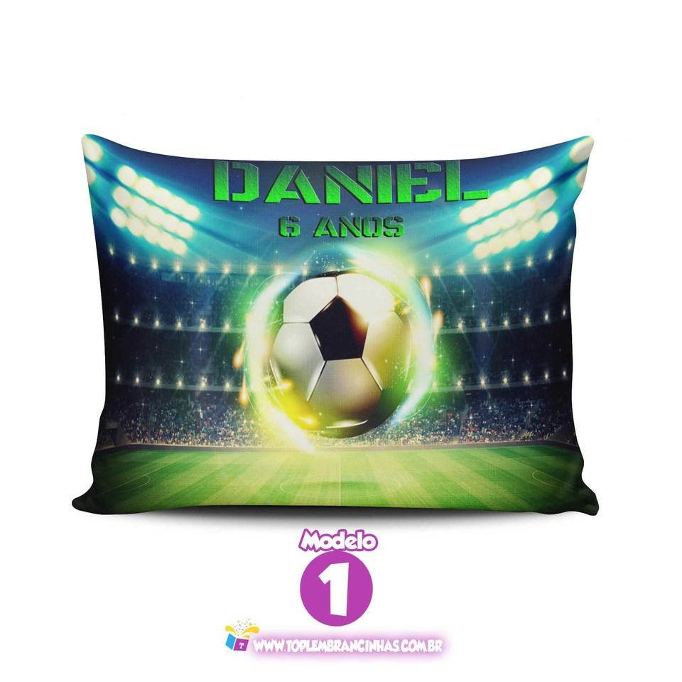 Lembrancinha bola Futebol - Almofada personalizada 15x20 cm