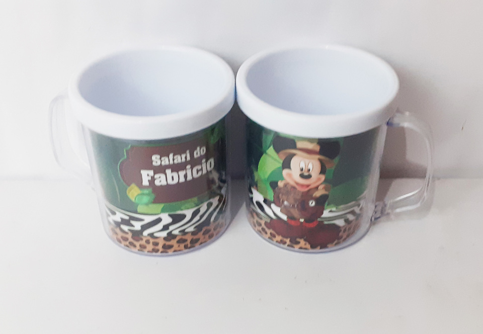Lembrancinha Mickey Safari- Caneca de acrílico 380 ml
