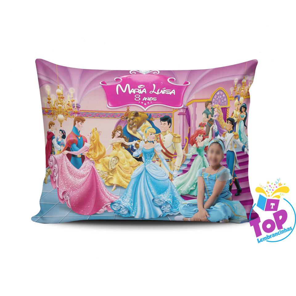 Lembrancinha Princesas - Almofada personalizada 20x30cm Modelo 2