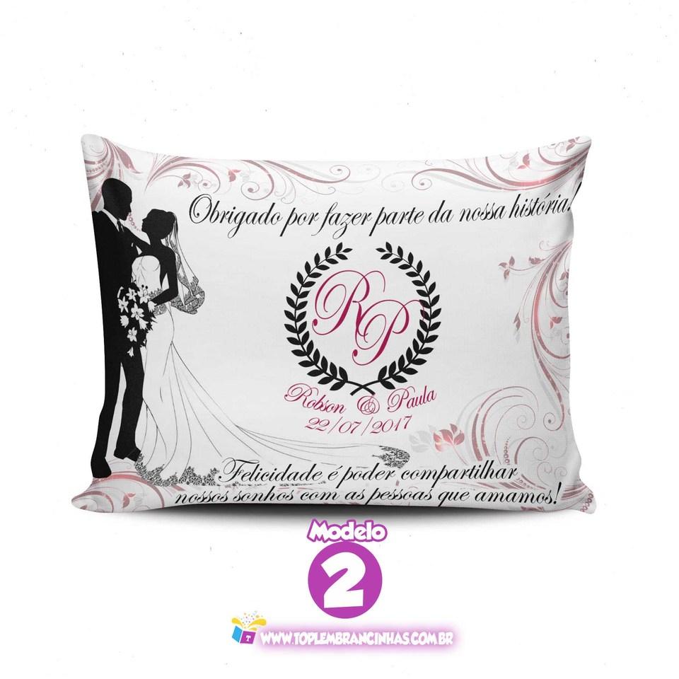 Almofada para lembracinha de Casamento 20x30 cm