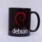 Caneca de porcelana Debian preta