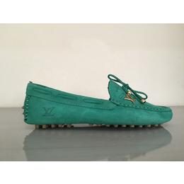 30ec3911a7d Sapatilhas. Mocassim Louis Vuitton Feminino - Verde