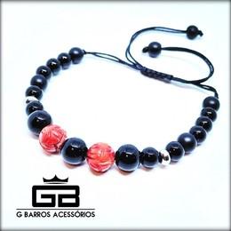 Pulseira feita com pedras naturais, coral vermelho e aço inoxidável