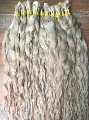 cabelo natural loiro claro leve ondas  60 cm 50 gramas
