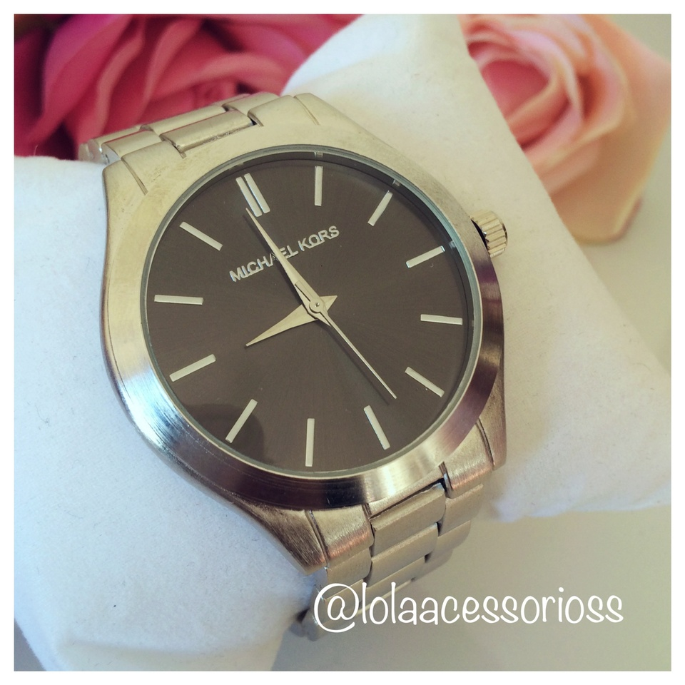 7d310d559741a Relógio MK Prata - Lola Acessórios - Loja de acessórios Femininos
