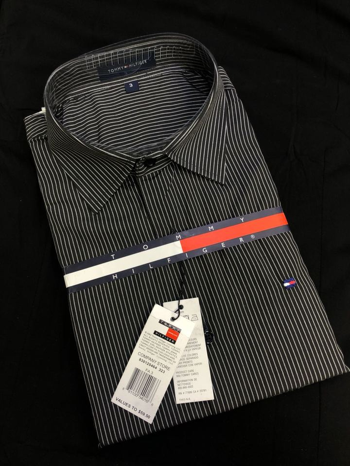 3edbd8dbf2e23 Camisa Social Tommy Preta e Branca Listrada - MWgrifes - Aqui é Top!