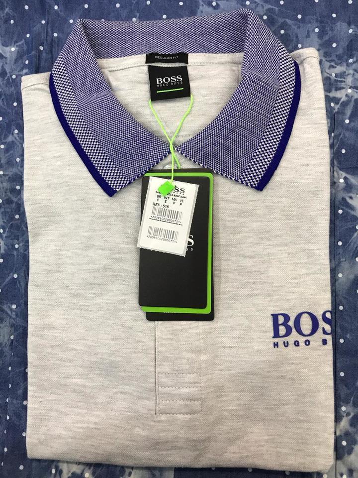 Camisa Polo Hugo Boss Cinza Clara Ref 516 - MWgrifes - Aqui é Top! 5866a24d139b8
